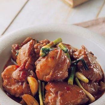 Kaki Ayam Rebus dengan Saus Tiram