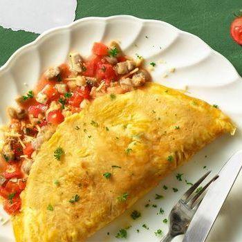 Omelet Ayam Jamur dengan Tomat