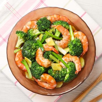 Brokoli rebus dengan Saus Tiram