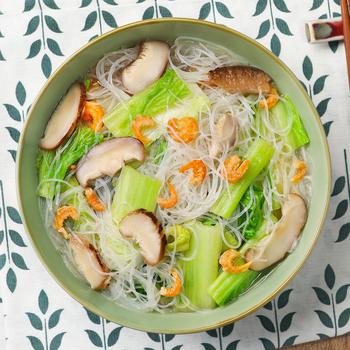 Jamur dan Kubis dalam Persediaan Ayam