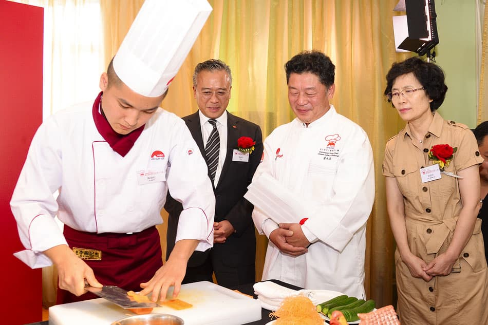 """Students from Lee Kum Kee's """"Hope as Chef"""" CSR programme in China served up a smile with their outstanding culinary finesse when it came to food crafting and cold-dish plating."""