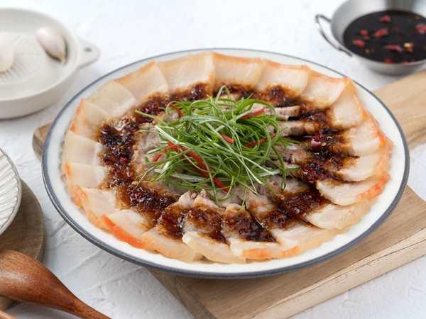 高麗菜香菇肉絲飯