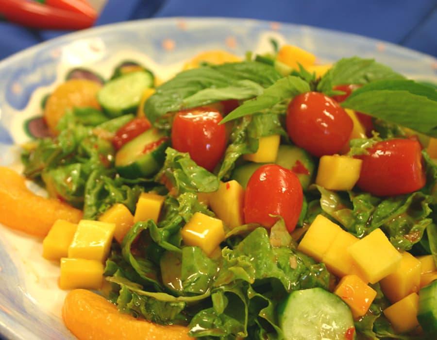 Recipe Cucumber Mango Salad with Chili Garlic Sauce