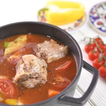 HK_recipe_350_Tomato and Herb Oxtail Hotpot