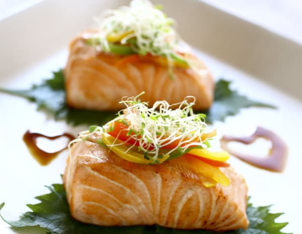 Pan-fried Salmon with Assorted Capsicum