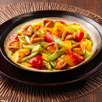 Stir-fried Abalone with Celery in XO Sauce