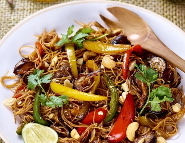lee-kum-kee-grilled-vegetable-vermicelli-noodles--with-pack-