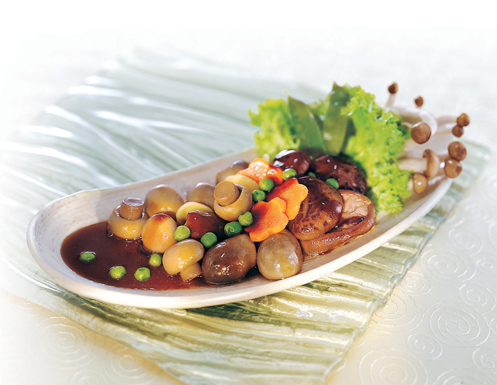 Recipe Braised Assorted Mushrooms with oyster Flavored Sauce