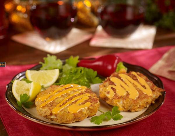 Recipe Christmas Crab Cakes with Sriracha Mayo