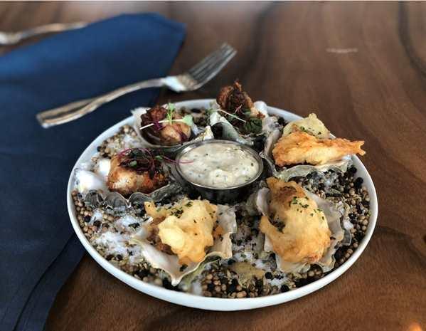 Recipe Crispy Fried Oysters Combo Oyster with Premium Garlic Yogurt