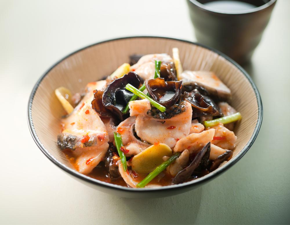 Recipe Fish Slices in Chili Wine Sauce