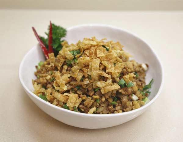 Recipe Minced Chicken with Garlic Hoisin Mustard Sauce