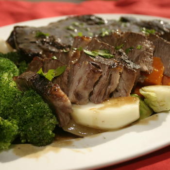 Recipe Oyster Flavored Roast Beef with Steamed Vegetables S