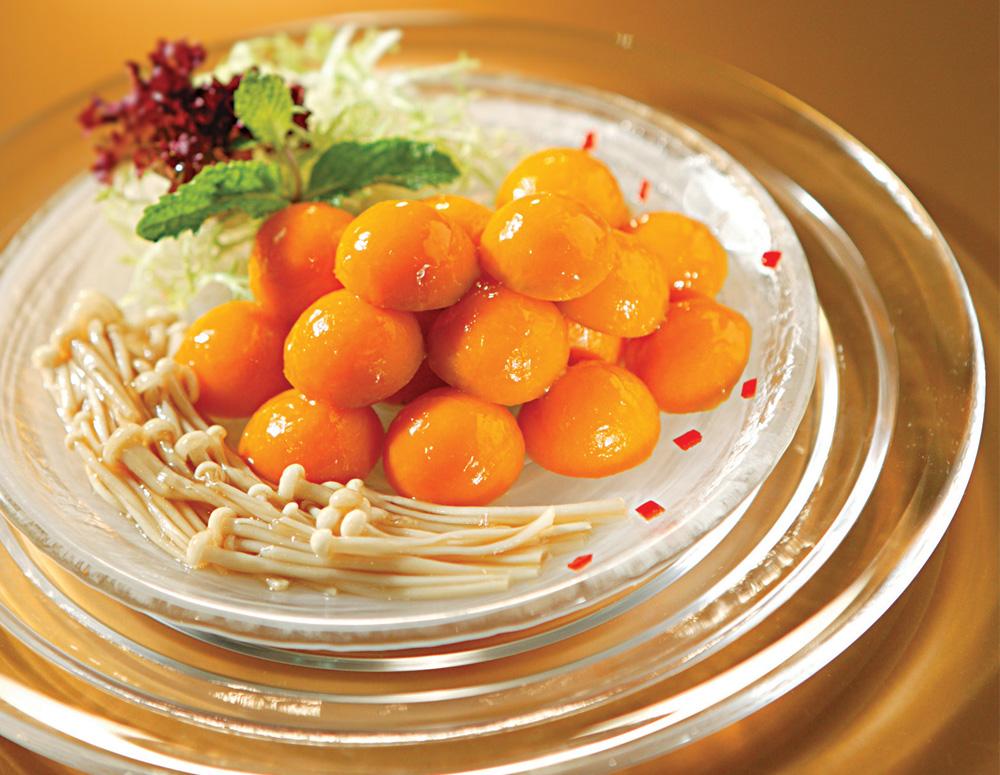 Recipe Pumpkin Balls with Enoki Mushrooms