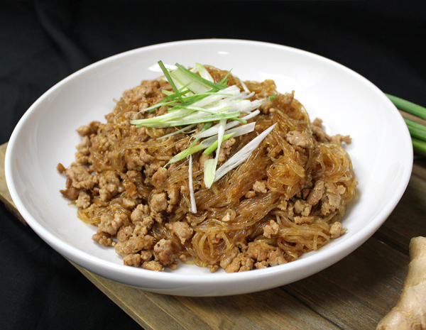 Sauteed Vermicelli with Spicy Minced Pork