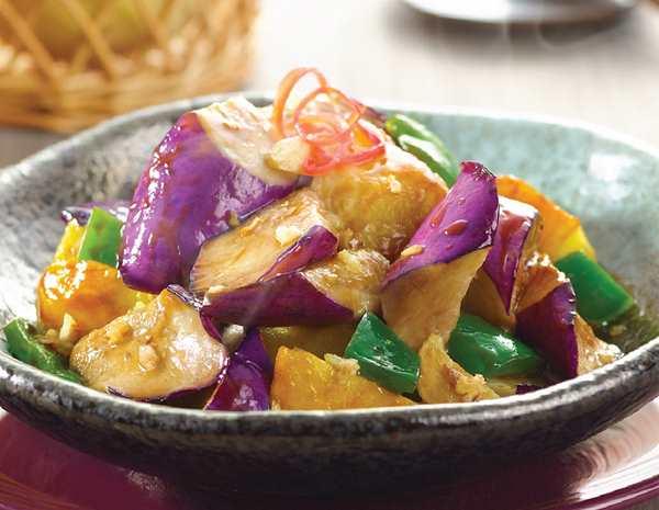 Recipe Stir Fried Eggplant, Potato and Green Bell Pepper CN