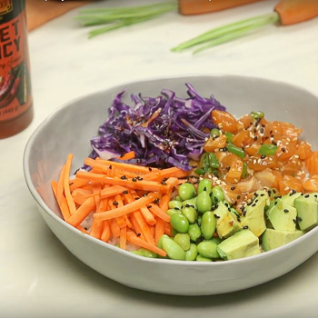 Sweet and Spicy Salmon Poke Bowl S