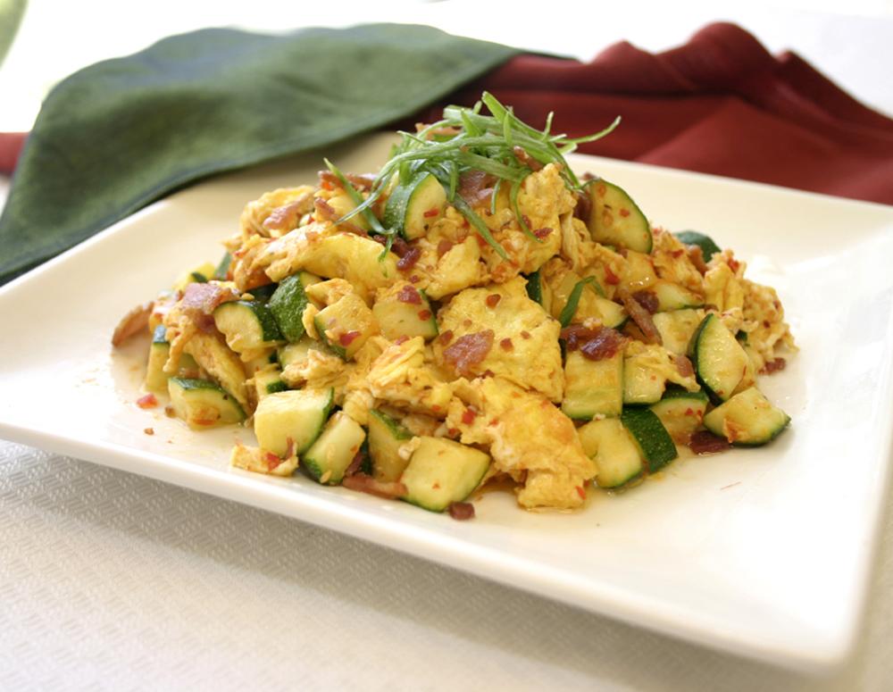 Recipe Zucchini Scrambled Eggs and Bacon