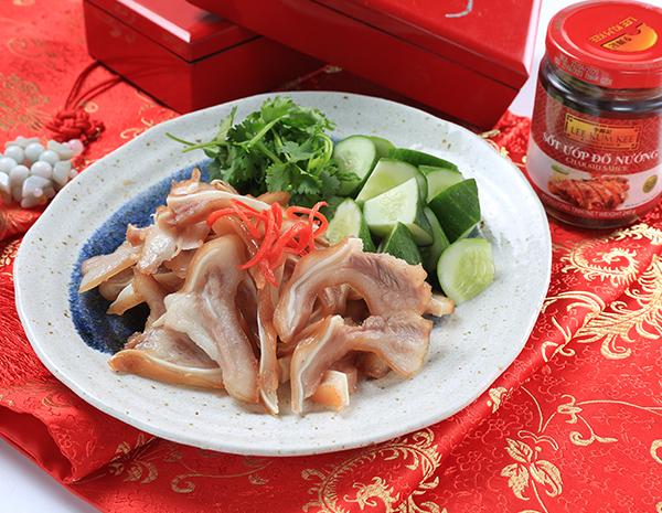 Tai Heo Khìa Nước Dừa