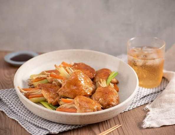 蠔油雞翼釀金菇