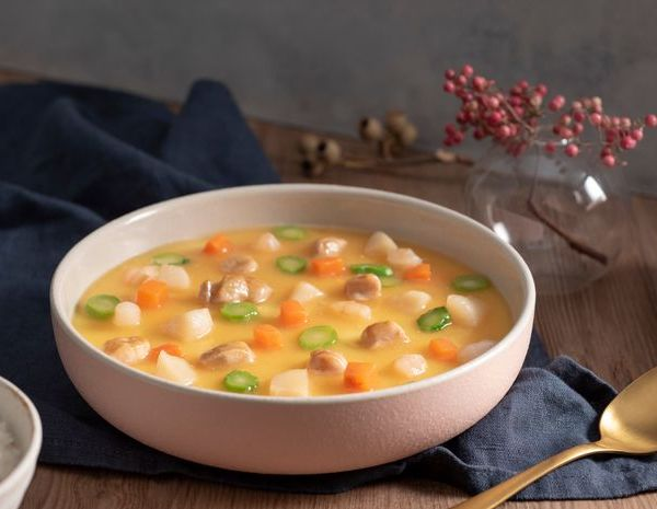 Steamed egg with chicken and vegetables