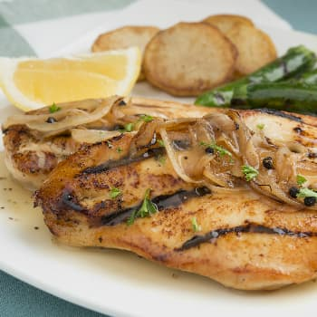 Recipe Black Pepper Chicken Fillets with Onion S